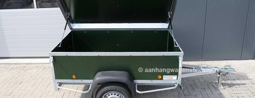Groene bagagewagen