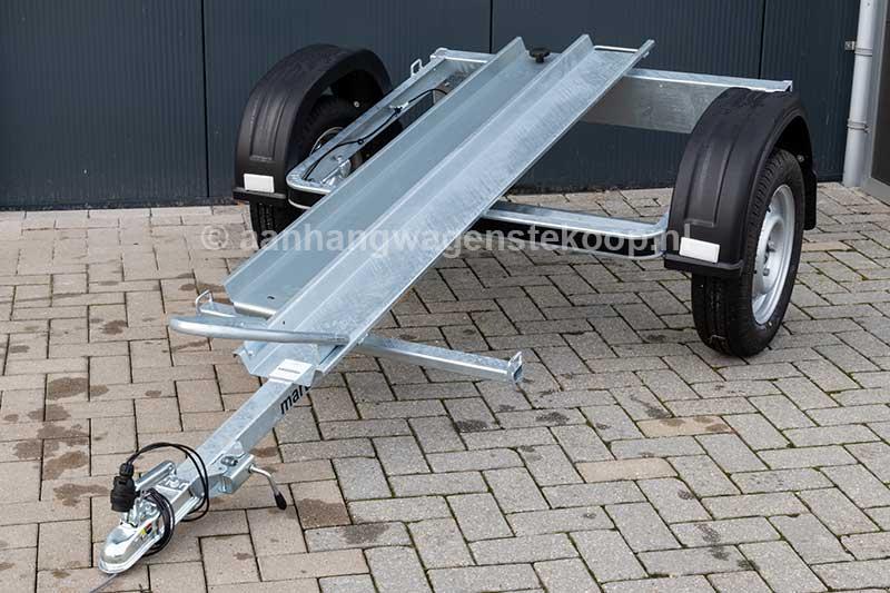Martz motortrailer voor het vervoer van één motor