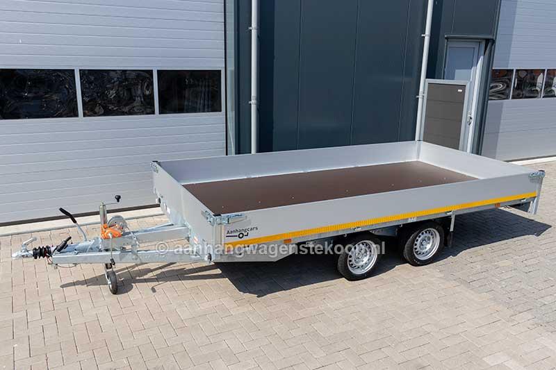 Voorzijde 4 meter multitransporter met lier